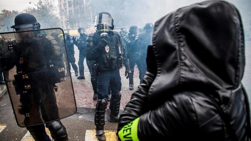 Detenidas 264 personas en las protestas de los chalecos amarillos en Francia