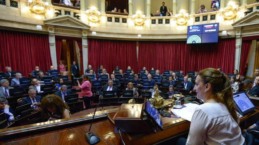 Senado argentino, con la presidenta de la Cámara (y vicepresidenta del Gobierno), Gabriela Michetti, en primer plano. Contraria al aborto incluso en casos de violación