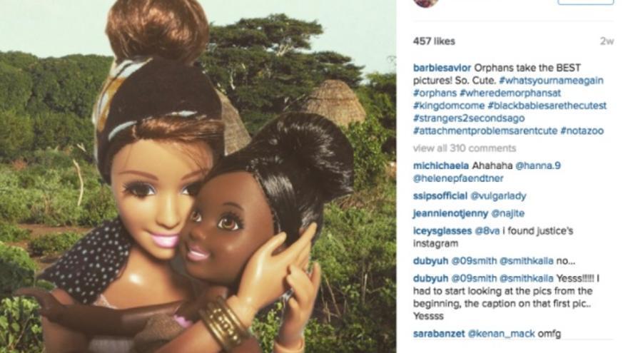 """Una de las imágenes compartidas en el perfil de Barbie Savior, en la que se puede leer: 'Los huérfanos sacan las mejores fotos""""."""