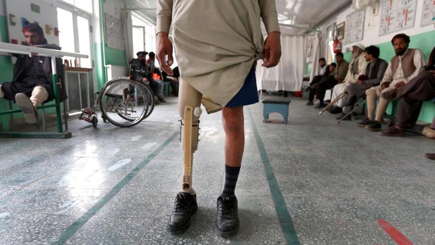 Los talibanes acuerdan restablecer garantías a los trabajadores de CICR en Afganistán