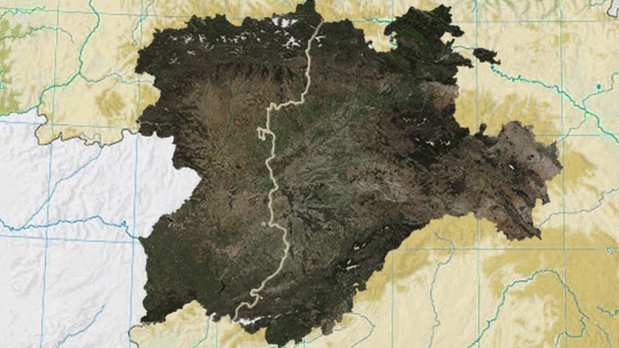 Mapa satelital de Castilla y León dividida entre la histórica Región Leonesa y Castilla