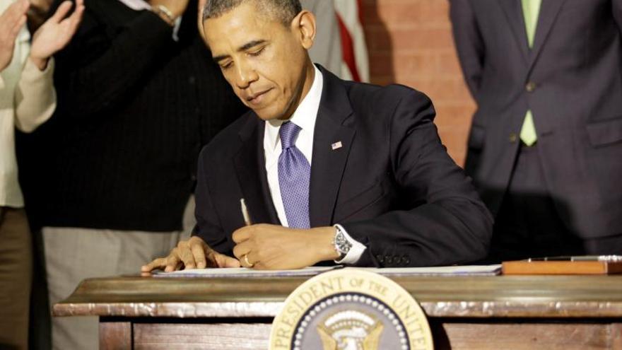 Obama planta batalla al abuso sexual en las universidades de EEUU
