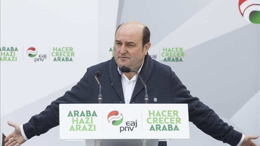 """Ortuzar (PNV) dice que el PP tiene miedo a Ciudadanos y quiere unir a toda """"la derechona"""""""