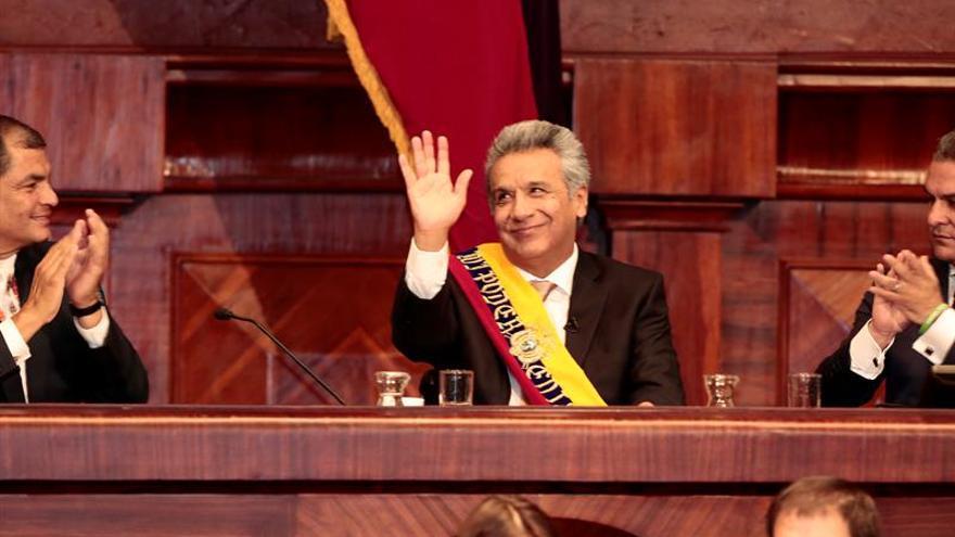 """Ecuador """"apenas"""" logrará superar la crisis en 2017 según su presidente"""