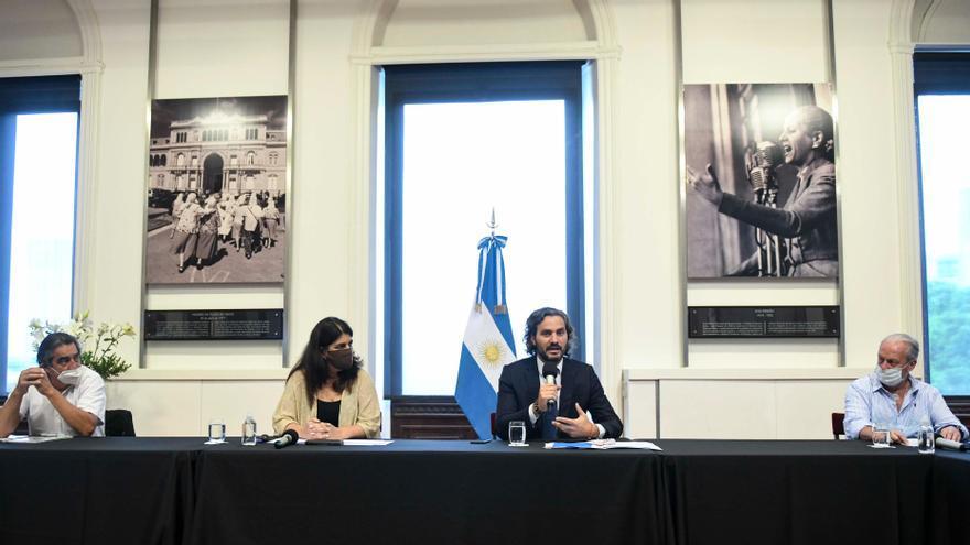 Santiago Cafiero junto a Ana Castellani, Andrés Rodríguez (UPCN) y Hugo Godoy (ATE)