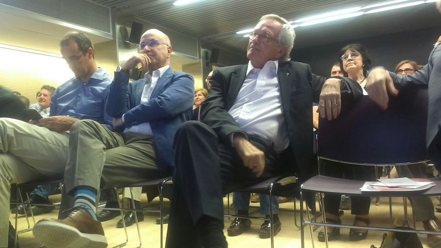 Duran apareix en campanya per donar suport a Xavier Trias / JORDI MOLINA