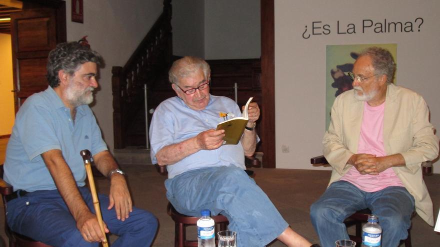 Anelio Rodríguez, Antonio Gamoneda y Facundo Fierro, este miércoles. Foto: LUZ RODRÍGUEZ