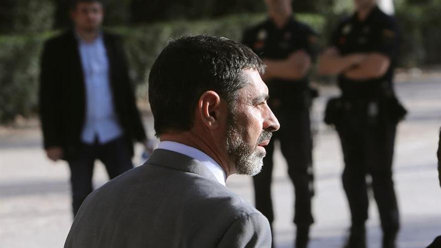 TSJC pide al Fiscal que informe si apoya investigar a Trapero y Colau por 1-O