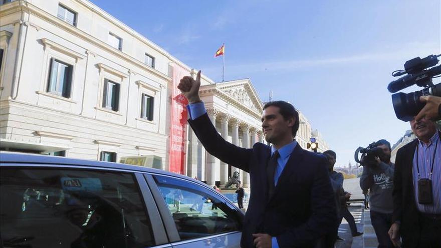 """Rivera quiere que el Congreso sea """"protagonista, como en la Transición"""""""