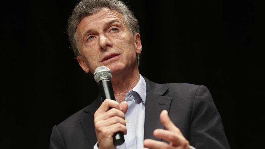 Candidatos a la Presidencia argentina repudian los ataques en Francia