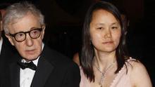 Woody Allen y su mujer Soon Yi