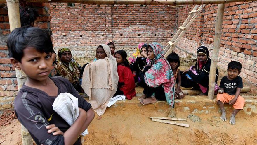 Alertan del daño psicológico que afecta 170.000 niños refugiados en Bangladés