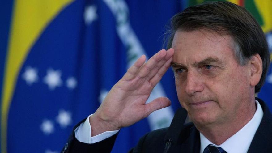 Bolsonaro redobla sus ataques a Greenwald y sugiere que pagó por mensajes