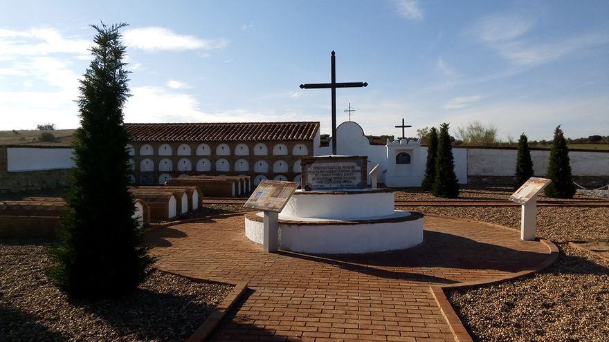 cementerio de los alemanes de Campillo de Llerena / JCD