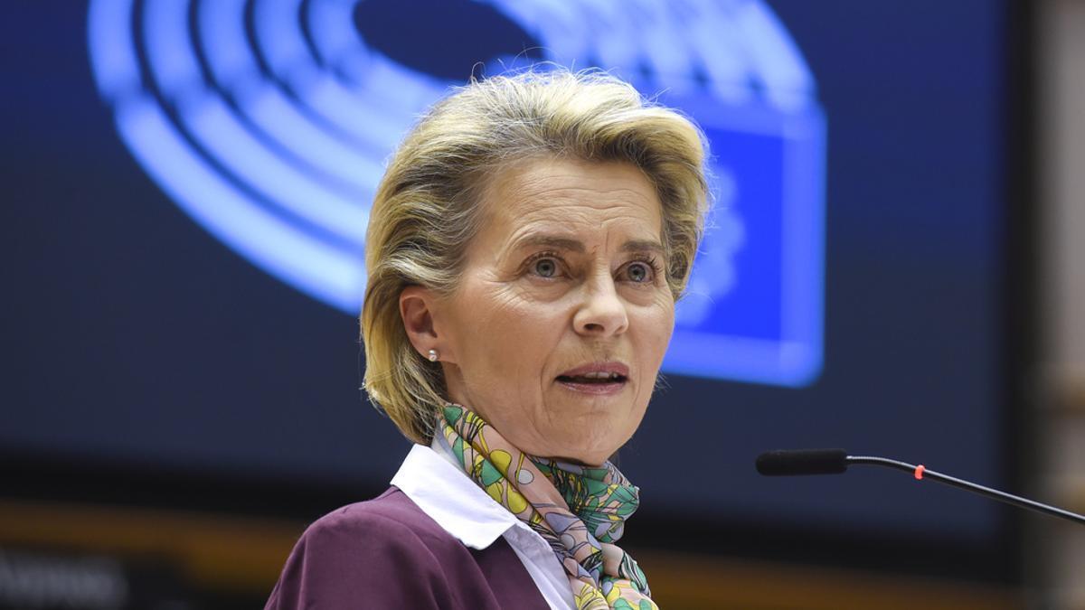 La presidenta de la Comisión Europea, Ursula Von der Leyen, en el Parlamento Europeo, el 8 de marzo de 2021.
