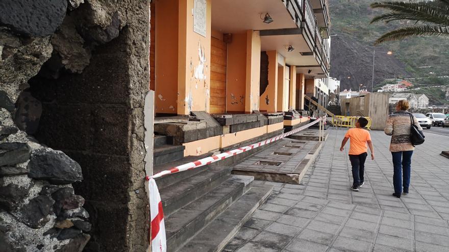 Inmuebles residenciales más dañados por la subida del mar en Garachico