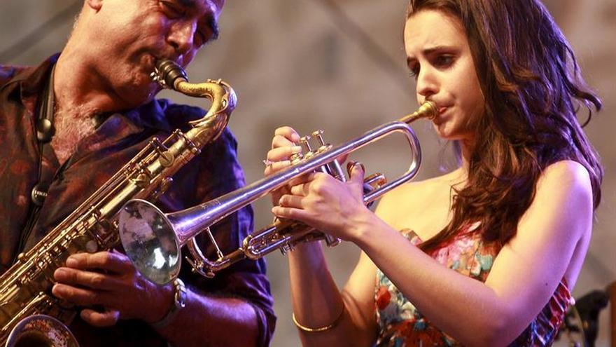 Andrea Motis, la joven estrella del jazz español, da el salto internacional