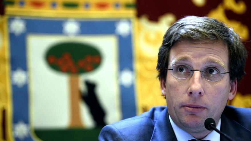 El alcalde de Madrid, José Luis Martínez-Almeida, en una rueda de prensa. / Óscar Cañas, EP