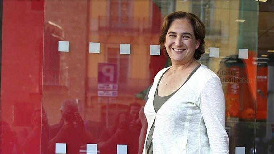 Colau exigirá a Mas que la Generalitat pague la deuda que tiene con Barcelona