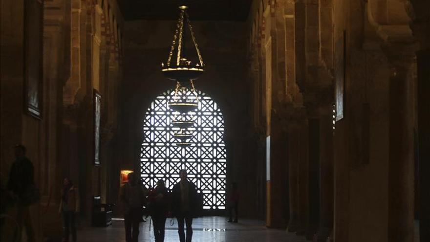 """El Cabildo de la Mezquita-Catedral de Córdoba insta a la Junta a """"respetar la ley"""""""