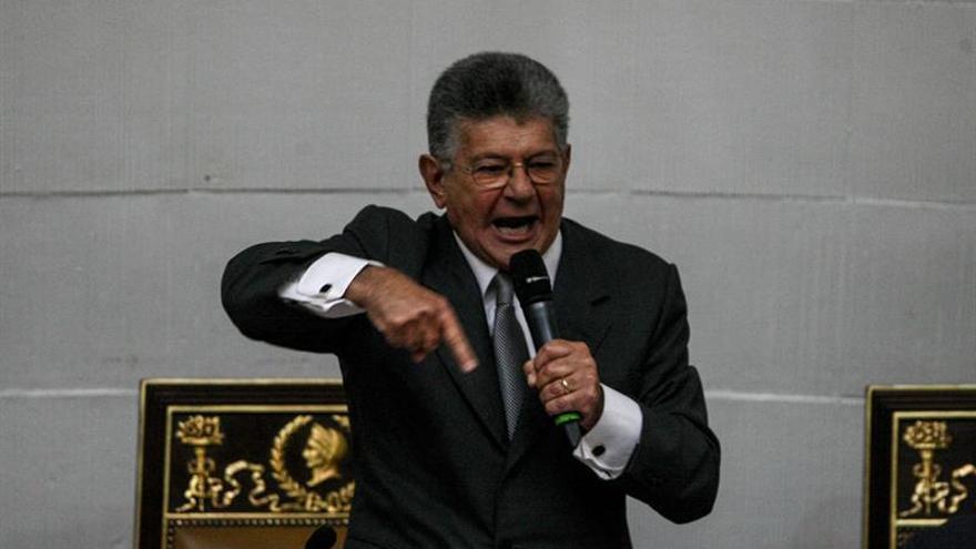 """El jefe del Parlamento venezolano dice que el diálogo está """"absolutamente muerto"""""""