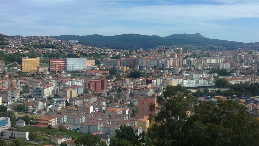 Edificios de viviendas en Vigo desde A Guía