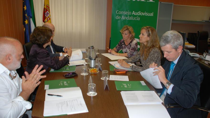El Consejo Audiovisual de Andalucía y la CNMC establecerán líneas de colaboración permanente.