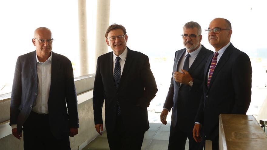 Manuel Palomar (derecha) junto al president Ximo Puig.