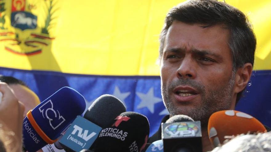 López cree que el apoyo militar a Maduro ya no es incondicional y prevé más fracturas