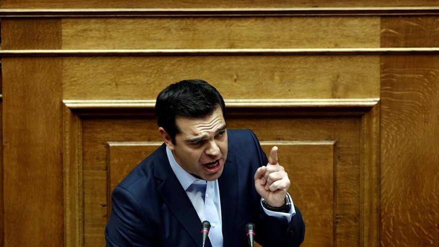 El Parlamento griego aprueba unos presupuestos de 2017 con más ahorro e impuestos