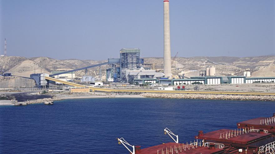Central térmica de Carboneras, propiedad de Endesa.