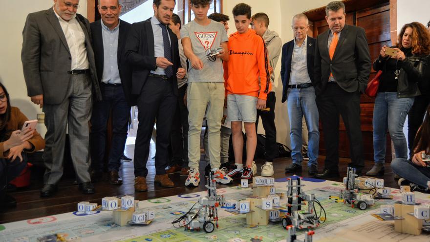 Acto de apertura de la 'Miniferia de la Semana de la Ciencia 'en La Palma