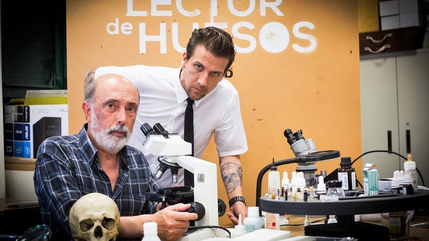 Paco Etxeberria y Dani Álvarez, presentadores de 'El Lector de Huesos'
