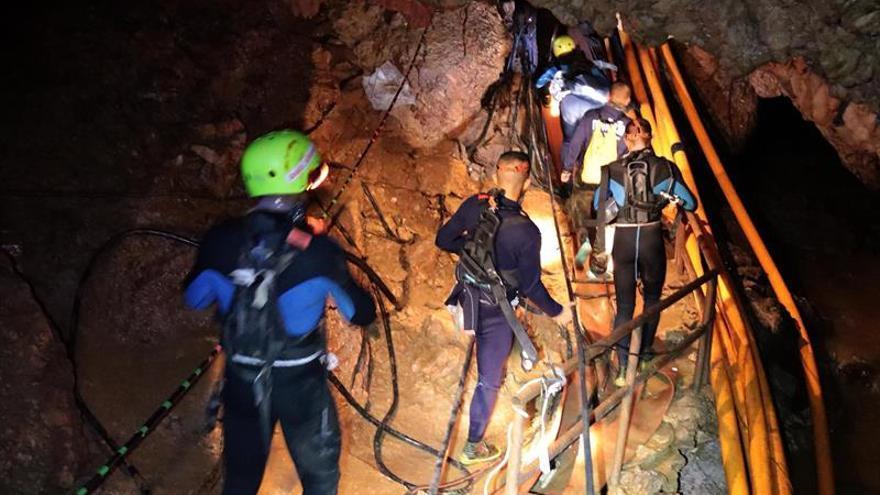 Las autoridades confirman el inicio del rescate de los 13 atrapados en Tailandia