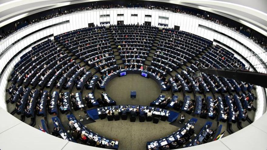 La Eurocámara pedirá mañana ilegalizar la fundación Francisco Franco
