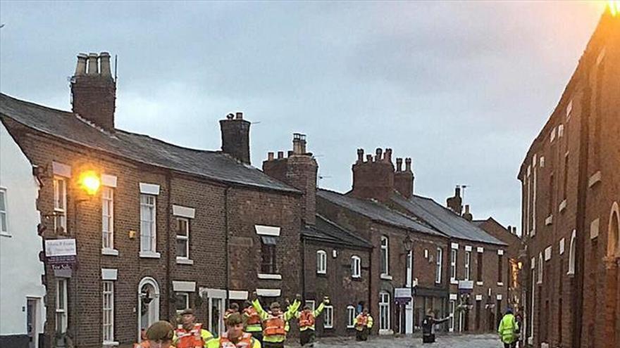 Cientos de evacuados en el norte de Inglaterra por inundaciones