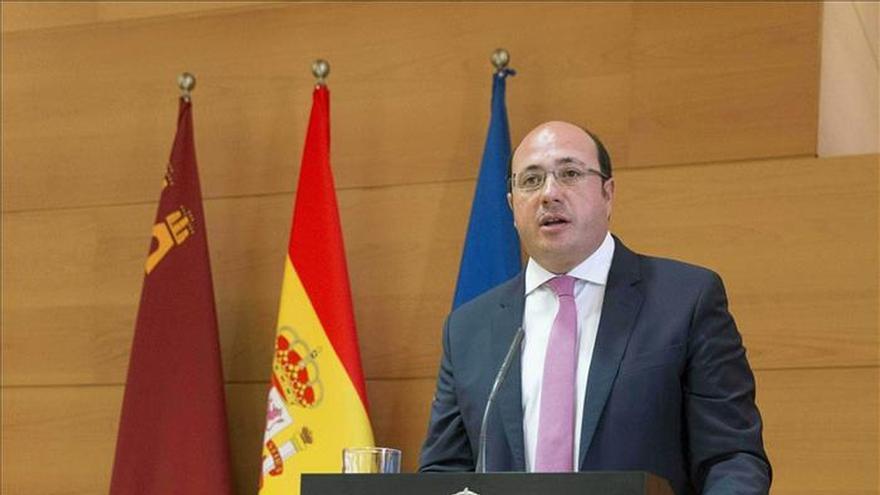 Pedro Antonio Sánchez pide a su equipo empatía para acercarse a la sociedad