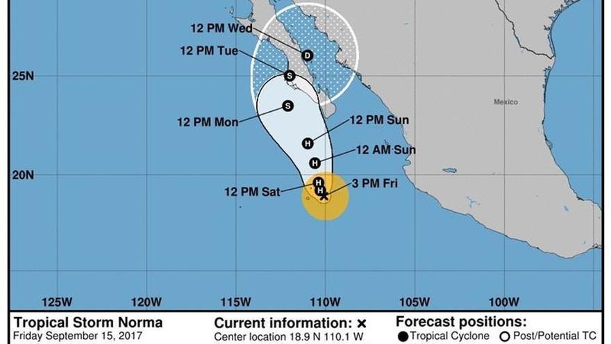 Norma se convierte en huracán en su avance hacia la península de Baja California
