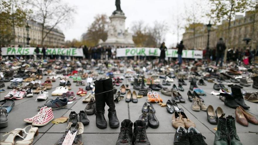 Miles de zapatos en París por los que no se pueden manifestar por la COP21