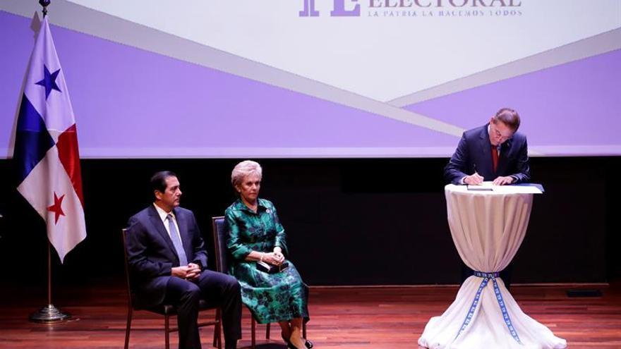 Los partidos PRD y Molirena formalizan su alianza para las elecciones de 2019 en Panamá