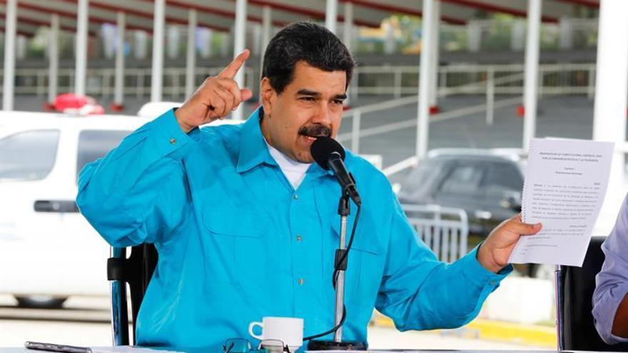 Maduro decide reestructurar deuda externa ante la crisis económica en Venezuela