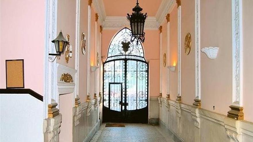 Interior del palacete, en una imagen de cuando fue anunciado en pisos.com