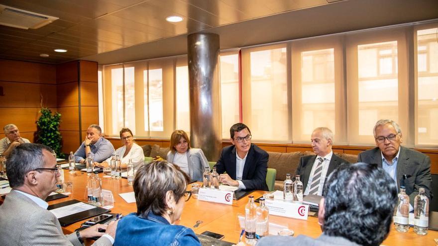 Celebración de las comisiones de Turismo y Puertos de la Cámara de Comercio de Gran Canaria