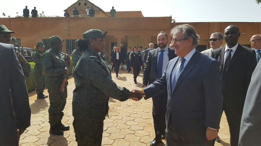 """Zoido muestra en Níger su satisfacción por reforzar la cooperación con """"un socio fundamental en el Sahel"""""""
