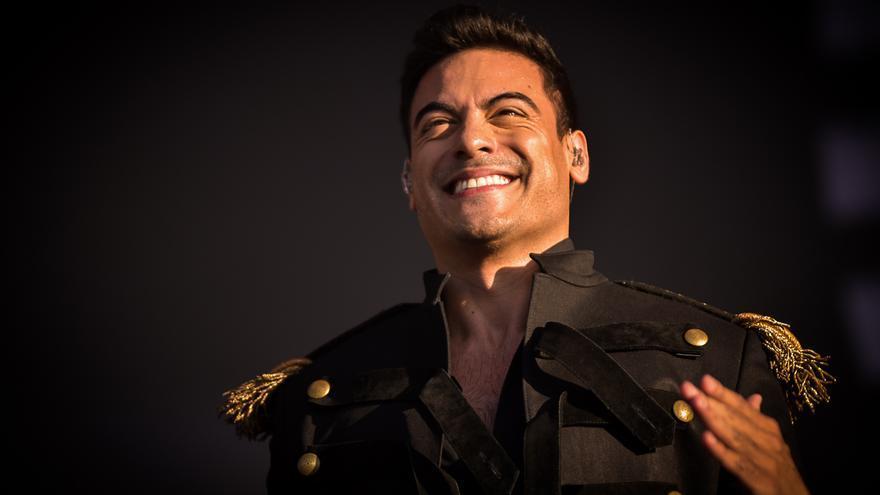 Carlos Rivera durante su actuación.