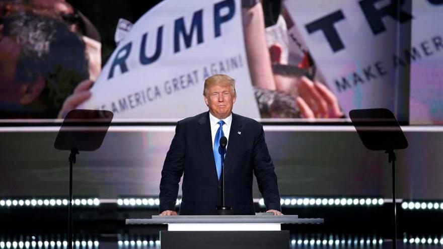 Activistas presentan factura a Trump por los ataques contra las familias inmigrantes