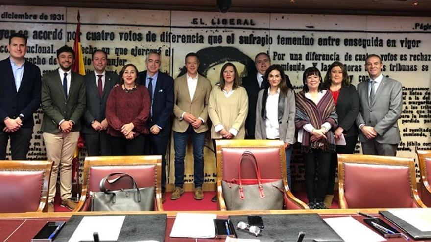 Lourdes Retuerto, viceportavoz de las comisiones de Defensa Nacional y Seguridad Nacional en el Senado