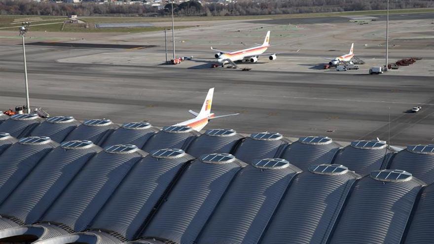 Los vuelos domésticos aumentan en mayo un 5,8% y el uso del AVE crece un 3,5%