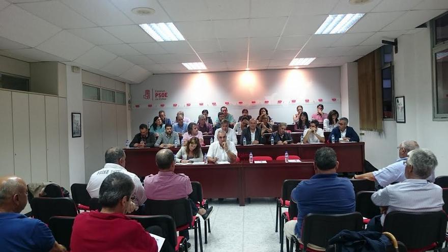 Reunión de los socialistas palmeros celebrada el pasado martes.