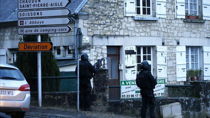 Francia extiende el nivel de alerta antiterrorista a la región de Picardía